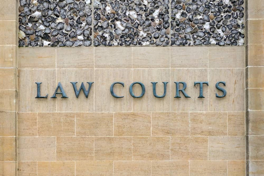 Is it wise to represent yourself in Crown Court?