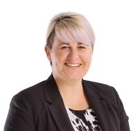Emma Barnes – Commercial Property Paralegal